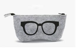 estojo de óculos com zíper Desconto 20 pcs 2017 5 cores Requintado De Lã De Feltro De Pano De Óculos Caixa De Óculos De Sol Das Mulheres Caixas De Cosméticos Saco Com Zíper