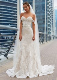 Wholesale Fabulous Dresses - Fabulous 2017 Lace Mermaid Wedding Dresses With Sleeves Sweetheart Neck Lace-up Back Appliques Country Wedding Dress Bridal Gowns