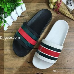 Wholesale Men Leather Slippers - Men designer sandals 2017 causal rubber summer huaraches slippers loafers fashion flats leather luxury Brand slides designer sandals us 7-11