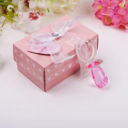 2019 caja de regalo bebé cristal Llavero de pezón de color rosa con el paquete de caja Regalo de fiesta de cumpleaños de regadera de bebé Favor de regalo para invitados caja de regalo bebé cristal baratos