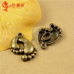 Wholesale Imitation Mobile Phones - 21*16MM Antique Bronze Retro foot baby feet charm bead mobile phone pendant DIY jewelry accessories wholesale make money selling