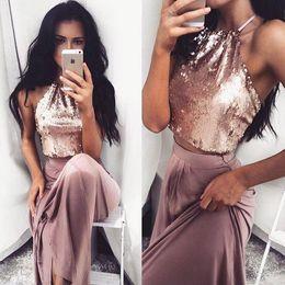 Vestidos elásticos top bridesmaids on-line-2017 Rose Gold Duas Peças Vestidos de Baile Halter Pescoço Lantejoulas Top Cetim Elástico Longos Vestidos de Noite Formal Vestido de Dama De Honra BA4434