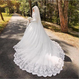 tulle dress hijab Coupons - Arabic Muslim Bridal Dress with Long Trail Luxury Full Sleeves Woman Appliqued Hijab Wedding Dresses Robe De Mariage