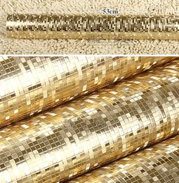 Wholesale Texture Wall Paper Roll - Wholesale- Luxury Plain Gold Wallpaper Roll Texture Mosaic Waterproof PVC Reflective Glitter Paper golden wedding wall coverings
