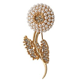 Wholesale Rhinstone Pins - Wholesale- Hot Selling Gold Plated Imitation Pearl Crystal Flower Rhinstone Brooch Pin for Women Jewley Wholesale