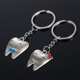 Wholesale Tooth Lover Couple Key Chain - 2017 new Lovely Smile Tooth Metal Alloy Keychain Couples Key Chain Pendant Keyring Keychains Fashion Accessories