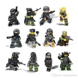 Wholesale Toy City Buildings - 12pcs lot City Police Swat Team CS Commando Army Soldiers With Weapon Gun Building Blocks Military Toys