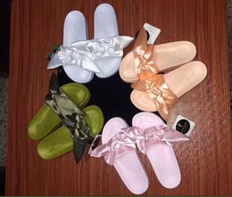 Wholesale Cork Slipper Summer - 2017 NEW RIHANNA LEADCAT FENTY BOW heart satin Slides ALL PINK ALL WHITE ALL GREEN Sandal Slippers