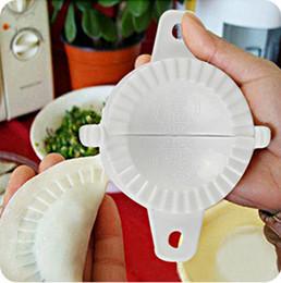 Canada Pack machine à boulettes Petit outil Accueil plastique 7cm Pâte Presse Boulette Tarte Ravioli Moule Moule Maker Cuisiner outils de pâtisserieHG-00065 Offre
