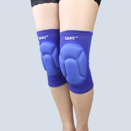Wholesale Volleyball Knee Protectors - One Pair Thickening Football Volleyball Extreme Sports Knee Pads Brace Support Protect Cycling Knee Protector Kneepad Free Shipping