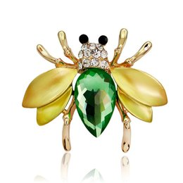 Wholesale Bee Brooches Pins - Irregular Green Fly Mosquitoes Brooch Gun Black Crystal Insect Bee Brooches for Women Shirt Collar Pins Suits Corsages Jewelry