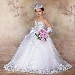 Vestido branco de luxo para crianças on-line-Princesa Branca Flor Meninas Vestidos Custom made Desfile de Moda Pageant Vestidos com Arco Rendas Beads Beleza 2017 Luxo Crianças Vestido de Noiva