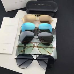 2017 новый VB солнцезащитные очки Виктория Бекхэм гафас де соль солнцезащитные очки способы эллипс коробка солнцезащитные очки мужчины и женщины солнцезащитные очки цветной фильм oculos бренд cheap vb sunglasses от Поставщики солнцезащитные очки vb