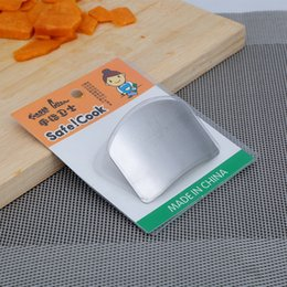 Wholesale Safe Slice - Kitchen Cooking Tools Stainless Steel Finger Hand Protector Guard Chop Safe Slice Knife