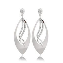 Wholesale Modern Chandelier Copper - Wuji Trendy Design Fashion Crystal Gemstone Stud Earrings Modern Elegant Silver Plated Chandelier Earrings For Woman