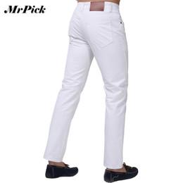 Argentina Al por mayor-Jeans Men 2015 Nueva marca de moda sólido Slim Fit blanco azul negro Candy Colors Plus Size Mid Straight pantalones de mezclilla F1241 cheap new colors jeans men Suministro