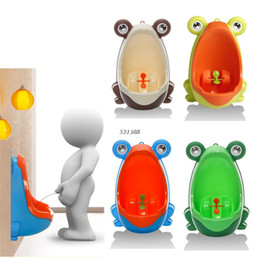 Wholesale Frog Shapes - Cute Animal Boy's Portable Potty Urinal Standing Toilet Penico Frog Shape Vertical Wall-Mounted Pee Boy Bathroom Urinal Closet