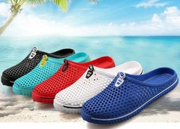 Wholesale Flip Hole - Summer couples candy color hole hole shoes Breathable beach shoes Sandals slippers