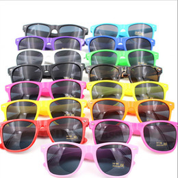 Wholesale Squared Cheap Sunglass - Multi-color Unisex Cool Womens and Mens Most Cheap Modern Fashion Beach Sunglass Plastic Classic Style Sunglasses DHL Free Shipping