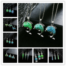 Wholesale Acrylic Glow Dark - 3 colors European 24 Styles Luminous Owl Necklaces Wholesale Glow In Dark Necklaces For Women Men Owl Meimaid Luminous Gemstone Jewelry