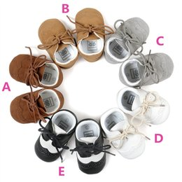 Wholesale Preppy Shoes - Baby pu splicing lace up moccasins infants preppy style soft sole pu matching shoes taddlers prewalker shoes 5colors prep maccasions shoes
