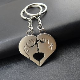 Wholesale Boy Kissing Girl - New arrival free shipping 10sets lot lovers kissing metal key holder,holiday gift