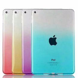 Canada Etui mince dégradé en couleur claire Etui souple en silicone transparent TPU gel transparent Etui pour iPad Air Pro Mini 1 2 3 4 9.7 12.9 Offre