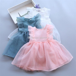 Wholesale Wholesale Beautiful Short Dresses - 2017 new baby girls beautiful dresses summer Flying sleeves Yarn Bow dress kids TuTu princess dress C1980