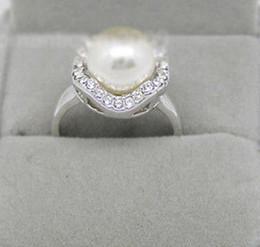 Dimensioni dell'anello swarovski online-L'oro bianco 18 carati placcato Formato perla 8 millimetri in cristallo Swarovski Anello: 7,8,9