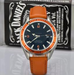 Top de Luxo Da Marca Nova pulseira de Couro Nome Moda 40mm Mens Watch Sports Homens Auto-Relógios Automáticos de Fornecedores de nomes de marcas relógios de luxo homens