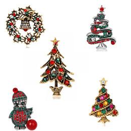 Moda all'ingrosso Colorato Mentale Oro argento Corona di albero di Natale Spilla Ragazza di Natale Donna Natale pinguino Gioielli Regali spilla da