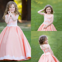 Wholesale Satin Scoop Flower Girl Dress - Cute Satin Girl's Pageant Dresses Lace Applique Scoop Neck Sleeveless Flower Girl Gowns Sweep Train Sash Communion Bridal