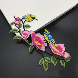 Wholesale Diy Clothes Dress Flowers - 20pcs Flower Birds Backing Iron On Patch For Clothing Jacket Patches parches Embroidered Cheongsam Dress Patchwork Stage Badge Appliqued DIY