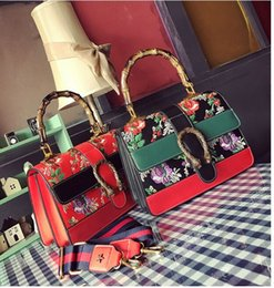Wholesale Embroidered Fashion Handbags Tote Bags - 2017 Spring National Vintage Embroidery Shoulder Bag Women Floral Bee Embroidered Handbags Ladies Small Lock Crossbody Bag Sac
