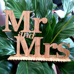 Wholesale Photobooth Photo - 2017 Wedding Table Favors Mr & Mrs Table Sign Mr & Mrs Wooden Letter Ornaments Wedding Photobooth Props