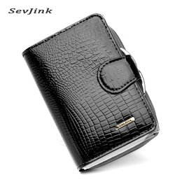 Wholesale Free Passport Photo - Wholesale- Foreign Trade New Genuine Leather Women Wallets Alligator Grain Vertical Hasp Ma'am Coins Card Holder Purse Wallet Free Shipping