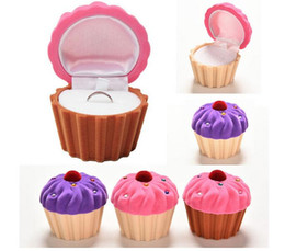 Wholesale Christmas Cupcake Gift Boxes - Lovely CupCake Cake Shape Earring Ring Jewelry Storage Box Christmas Gift Storage Boxes For Women Girls 3 Colors