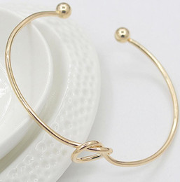 Brazalete brazalete de plata dorada online-Diseño simple europeo Rose Golden Cuff Bangle novedad chicas plata chapado en oro de perlas pulsera del encanto de la joyería del partido regalos