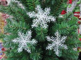 Wholesale Plastic Christmas Ornaments Decorate - 30PCS christmas snowflake snowflakes decorate the Christmas tree Christmas decorations