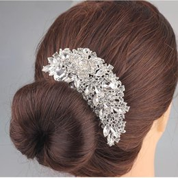 Wholesale crystal hairpieces - Luxury Boutique Bridal Crystal Flower Hair Comb Hair Pins hairpieces Flower shaped Bridal Accessories for Women Party Jewelry