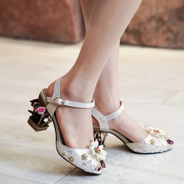 Wholesale Chunky Heel Ivory Wedding Shoes - Catwalk Branded Shoes Peep Toe Strap Buckle Personality Hollow-out Chunky Heels Women's Sandals Beading Design Large Size 40 41 42