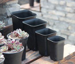 Wholesale 4 size option square nursery plastic flower pot for indoor home desk bedside or floor and outdoor yard lawn or garden planting