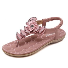 Wholesale Ladies Flat Crystals Sandals - Size 35 to 40 41 sweet lady pink flower crystal T strap flat heel beach sandals girl fashion 3 colors 2017