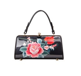 Wholesale chinese hand cream - Free Shipping!2017 Hot Sell Newest Classic Fashion Style chinese style Lady Genuine Leather top handle bag hand-painting gift bag #S17-5
