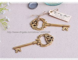 Wholesale Rustic Hearts Wholesale - 100pcs Key to My Heart Gold Antique Key Bottle Opener Wedding Party Favor Gift Vintage Rustic