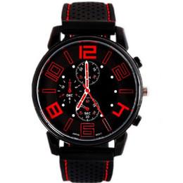 Abito militare nero online-Orologi al quarzo casual di lusso mens orologi militari GT sport orologio da polso nero orologio in silicone ore di moda orologio da polso