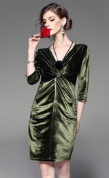 Wholesale Bamboo Cocktail - Elegant Evening Party Dresses Online Cheap Green Prom Dress With Sleeves Short Cocktail Dress New Year Party Dresses Free Shipping