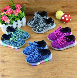Wholesale Wholesale Kids Close - kids LED Light Up Shoes LED Light Sport Shoes For Boys Girls Causal Running Sporting Lumineuse sneakers Sports shoes KKA1333