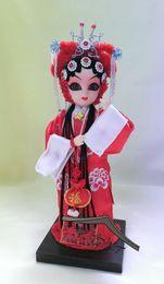 2019 porcelaine poupées à la main Cadeau de cadeau de mariage de poupée de soie fait à la main Chine caractéristiques décoration de salle de mariage porcelaine poupées à la main pas cher
