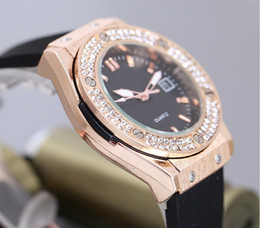 Wholesale Inlay Watches - 2017 New Women Ladies Watch Luxury Quartz watches Rhinestone Diamond inlay Retro classic Clock dial Silicone watchband Watches